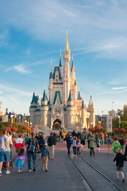 Wald Disney World Magic Kingdom Castle - Spring Break