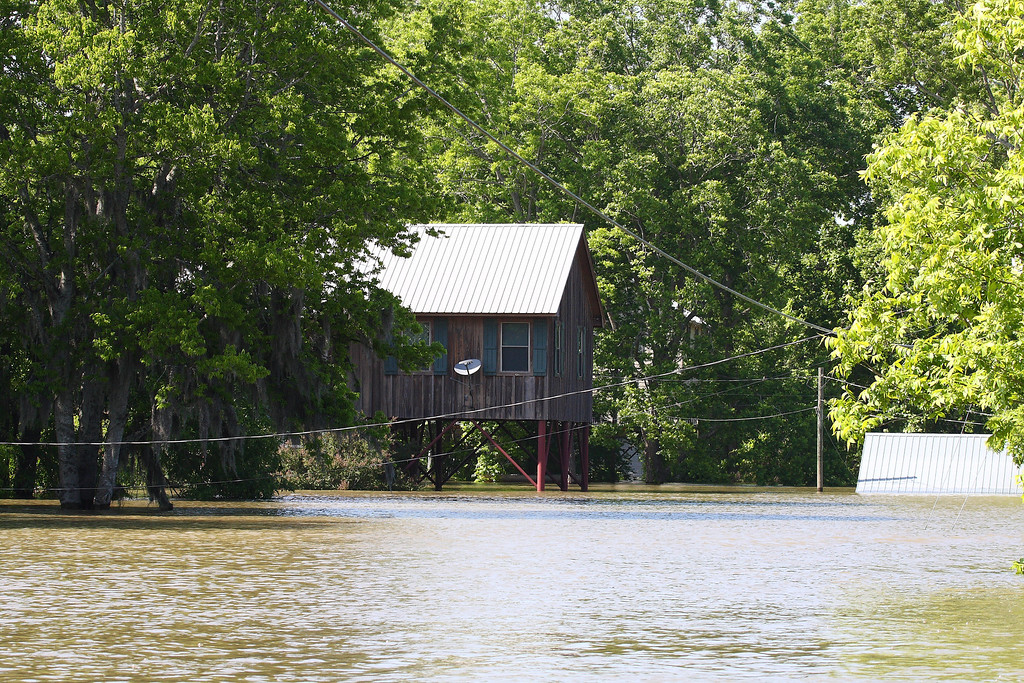 MS RIVER FLOOD 2011