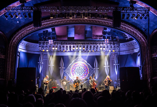 Railroad Earth - Newport Music Hall 2-11-15