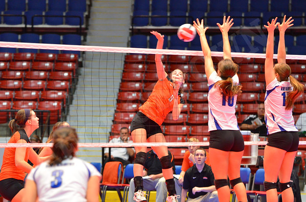 VB vs Lindsey Wilson (MSC Finals) 11-6-11