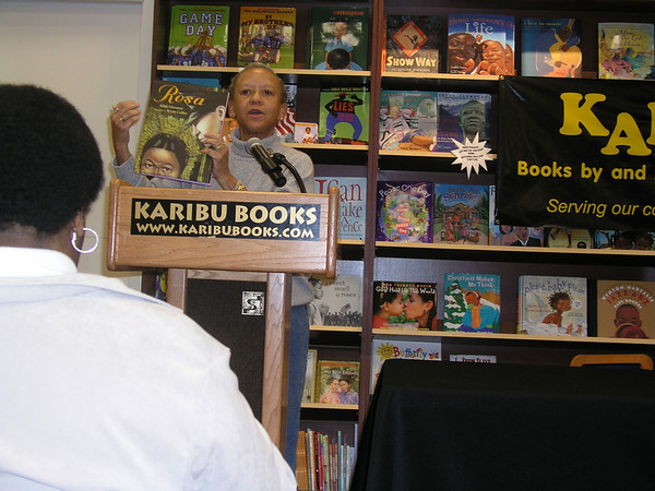 Nikki Giovanni at Karibu Books - November 19, 2005