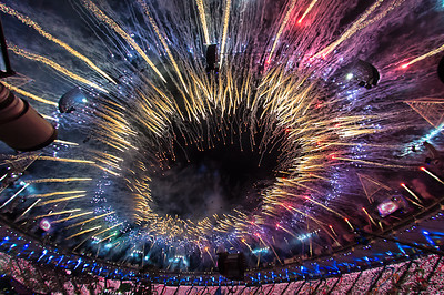 27 July 2012, LONDON. Images from the Opening Ceremony of the London2012 Olympic Games. Photo: Paul J Roberts/UIPM