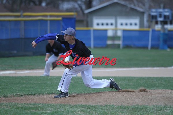 BASE MnWest vs RCTC 4-26-14