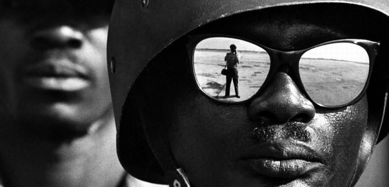 Photographer - Elliott Erwitt (1928 - )