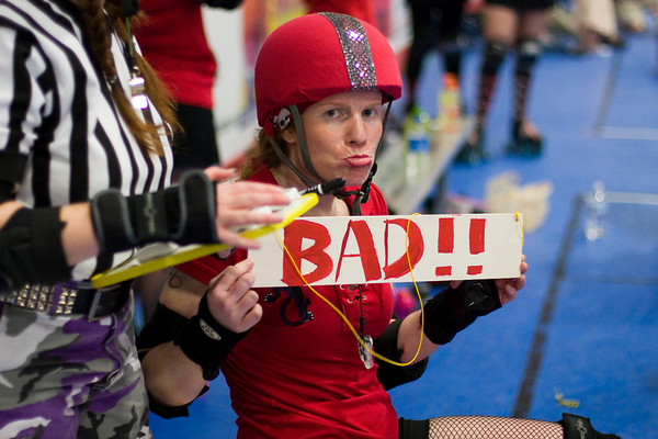 "may 26th 2007 - dc rollergirls: ""rolling thunder"""