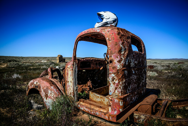 I don't know what it is, but rusty old relics just look better in the desert.
