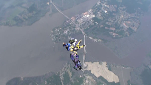 Skydiving 2011