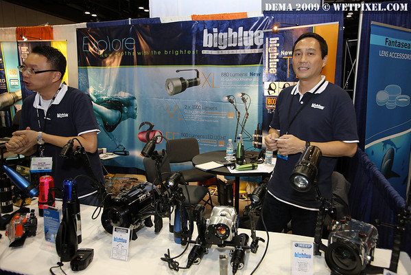 DEMA 2009 Bigblue Dive Lights