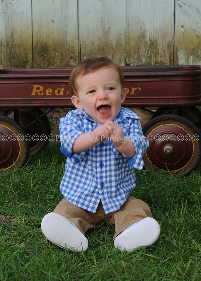 Connor's 8th Month Pictures