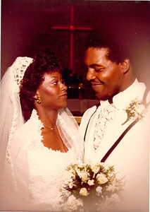 19800723 Cindy and Earl Wedding Portraits