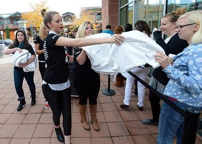 New H & M Store Opens in Boulder