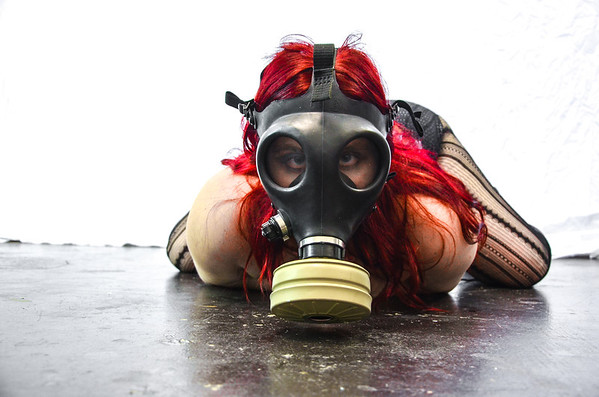 Gas Mask Girl Set 2
