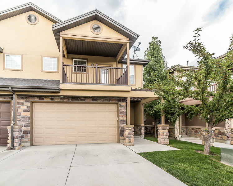 Crawley PG Townhome
