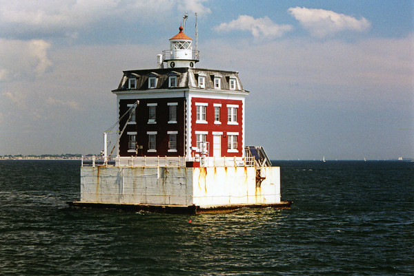 New London Ledge Lighthouse, Connecticut