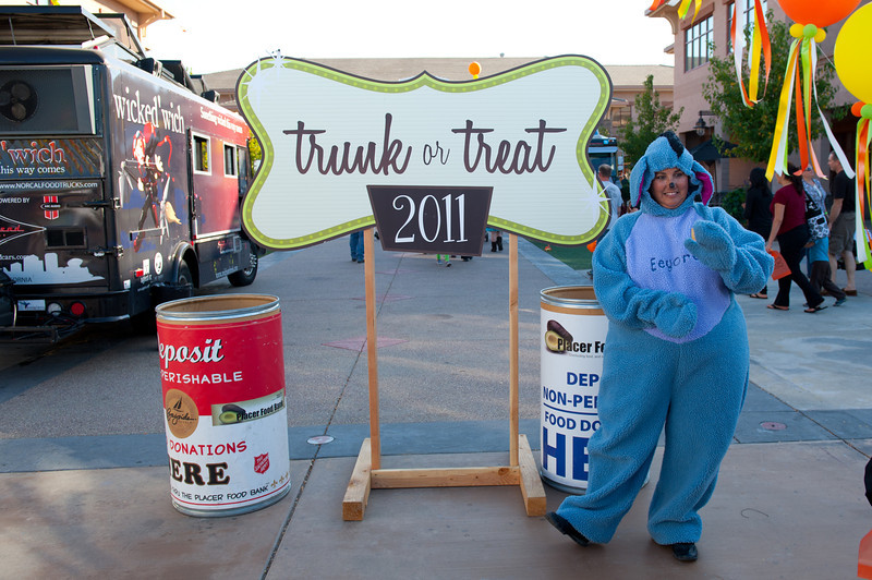 Trunk or Treat 2011 - Oct 30 2011