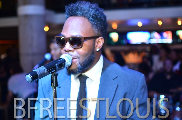 (12.14.2014) DWELE LIVE @ THE RUSTIC GOAT