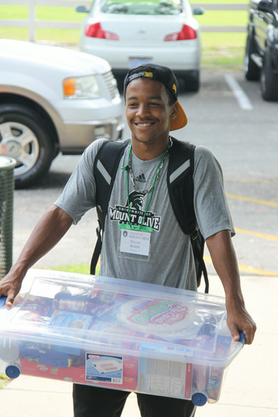 Freshman Move In – Fall 2014
