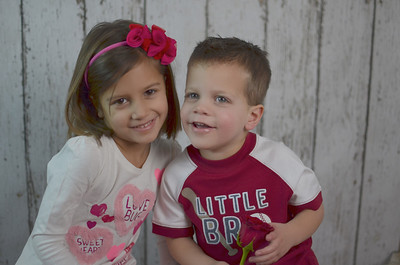 Ava & Luke's Valentine Session