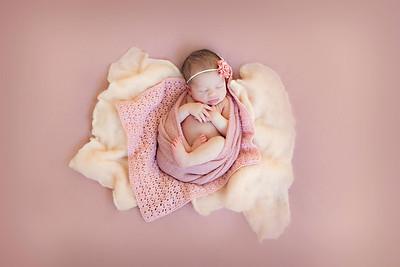 Emilia Newborn