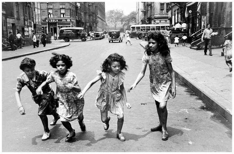 Famous Street Photographers - Helen Levitt (1913 - 2009)