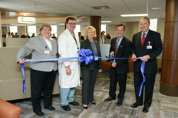 HFH Surgical Lounge Ribbon Cutting