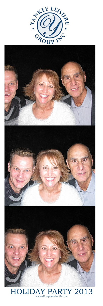 12-19-Capones-Photo Booth