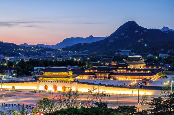Gyeongbokgung at Night, May 2014