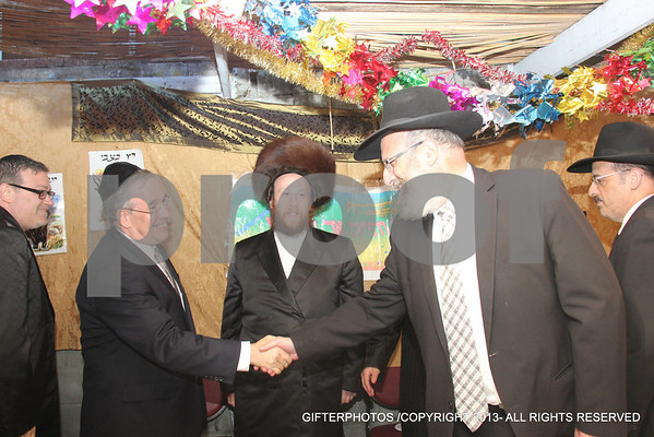Politicians Dining At  Ezra Friedlander Sukkah