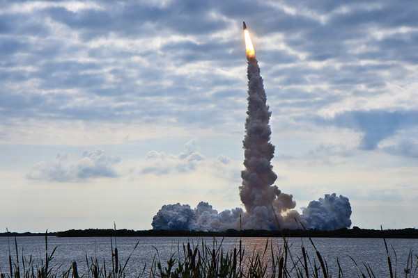 05/16/2011 - Space Shuttle Endeavor STS-134 Launch