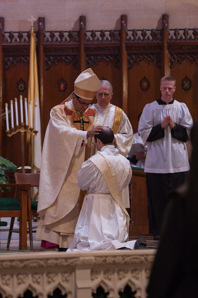 Ordinations-Priestly