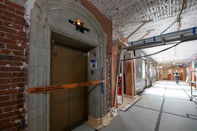 Démolition de l'édifice du Centre et retrait des matériaux
