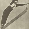 Norðmaðurinn Birger Ruud stekkur. hann var um langt árabil frægasti skíðastökkmaður veraldar og bar sigur af hólmi á Vetrar - Ólympíuleiunum 1932 og 1936 og varð annar á leikunum 1948.