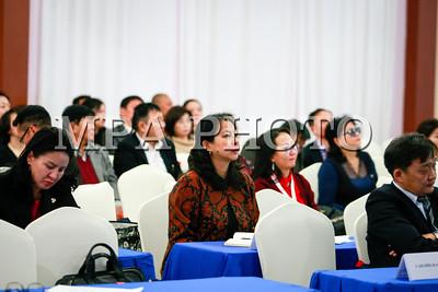2017 оны арванхоёрдугаар сарын 15.Монгол Улсад хэрэгжүүлж буй Глобал сангийн дэмжлэгтэй ДОХ, Сүрьеэгийн төслүүдийн хэрэгжилт, үр дүнг хэлэлцэх, 2018-2020 онд хэрэгжүүлэх төслүүдийг танилцуулах уулзалт боллоо .ГЭРЭЛ ЗУРГИЙГ Г.ӨНӨБОЛД /МРА