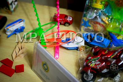 2017 оны арваннэгдүгээр сарын 16. Импортоор орж ирж буй хүүхдийн тоглоомын аюулгүй байдлын асуудлаар импортлогчид, цэцэрлэгийн эрхлэгч нар, хэрэглэгчдийн зарим төлөөлөл, Мэргэжлийн хяналтын байцаагч нар оролцсон хэлэлцүүлэг боллоо. ГЭРЭЛ ЗУРГИЙГ Г.ӨНӨБОЛД /МРА