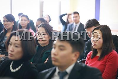 """2017 оны арваннэгдүгээр сарын 14. """"Монгол Улсын эрдэс баялгийн салбар дахь орон нутгийн гэрээ, туршлага, сургамж, цаашдын чиглэлүүд"""" сэдэвт судалгааг танилцууллаа."""