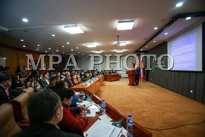 """2017 оны арваннэгдүгээр сарын 23. Монгол Улсын Ерөнхийлөгчийн дэргэдэх Иргэний танхимд өнөөдөр """"Оффшор бүсэд байршсан мөнгөн хөрөнгийг эргүүлэн татах боломжууд"""" сэдэвт сургалт, хэлэлцүүлэг боллоо.  ГЭРЭЛ ЗУРГИЙГ Б.БЯМБА-ОЧИР/MPA"""