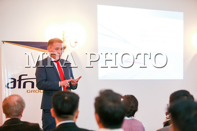 2017 оны аравдугаар сарын 26. Монгол Улс, Бүгд Найрамдах Франц Улсын Худалдааны танхимийн хамтын ажиллагааны хүрээнд  2017 оны 10 дугаар сарын 25-27-ны өдрүүдэд Бүгд Найрамдах Франц Улсад төвтэй Дэлхийн стандартын баталгаажуулалтын байгууллага болох AFNOR группын Ази-Европын бүсийн захирал Монгол Улсад айлчилж байгаа билээ.  Айлчлалын хүрээнд тус байгууллага нь Засгийн газрын тохируулагч агентлаг Стандартчилал, хэмжил зүйн газрын магадлан аудит хийхийн зэрэгцээ AFNOR  группын Монгол Улс дахь төлөөлөгчийн газраа нээж байгаа юм.  Мөн Олон Улсын стандартын академитай (ISA) хамтран Монгол Улсад бүртгэлтэй, баталгаажсан стандартын зөвлөх, сургагч багш, аудиторуудыг Олон Улсын шинэчлэгдсэн Чанарын менежментийн тогтолцоо ISO9001:2015, Байгаль орчны менежментийн тогтолцоо ISO14001:2015 зэрэг стандартуудаар олон улсын түвшинд  баталгаажуулан бүртгэх ажил хийгдэнэ.  Бүртгэл хийгдэж, баталгаажуулснаар Монгол аудитор олон улсын баталгаажуулалтын байгууллагын нэрийн өмнөөс Монголд үйл ажиллагаа явуулж буй аж ахуйн нэгж дээр аудит хийх эрхтэй болж, хүлээн зөвшөөрөгдөх юм. Ингэснээр Монголын аж ахуйн нэгжүүд хилийн чанадаас өндөр өртгөөр аудитор авчрах шаардлагагүй болж байгаа ба Монгол хүн Монголдоо Монгол компаниа олон улсын стандартын (ISO) дагуу баталгаажуулах боломжтой болж байгаагаараа онцлог юм.  Түүнчлэн Монгол Европын бизнессийн харилцаанд ихээхэн ач холбогдол болохын зэрэгцээ чанарын баталгаатай үйлдвэрлэл,  экспорт болон импортын  худалдааг өргөжүүлэхэд ихээхэн нөлөөлөл үзүүлэх юм.ГЭРЭЛ ЗУРГИЙГ Б.БЯМБА-ОЧИР/MPA