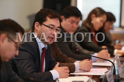 2017 оны арваннэгдүгээр сарын 22.  Монголбанкнаас мэдээлэл хийлээ.  ГЭРЭЛ ЗУРГИЙГ Б.БЯМБА-ОЧИР/MPA