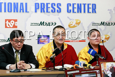 """2018 оны гуравдугаар сарын 06. Монголд ардын хувьсгалаас хойш анх удаа Лхаарамба цолтон төрсөн талаар """"Сумади Гирди"""" төвөөс мэдээлэл хийлээ.ГЭРЭЛ ЗУРГИЙГ Г.ӨНӨБОЛД /МРА"""