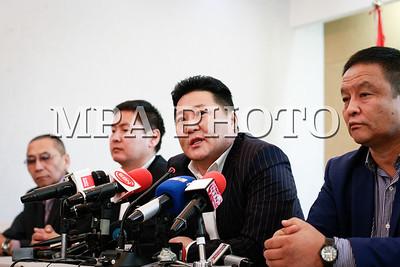 2018 оны нэгдүгээр сарын 10. Монголын үйлдвэрчний эвлэлийн холбооноос цаг үеийн асуудлаар мэдээлэл хийлээ. ГЭРЭЛ ЗУРГИЙГ Г.ӨНӨБОЛД /МРА