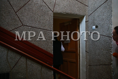 2018 оны дөрөвдүгээр сарын 03. Сангийн сайд асан С.Баярцогтыг үргэлжлүүлэн цагдан хорих эсэхийг шийдэх шүүх хурал өнөөдөр Баянзүрх, Сүхбаатар, Чингэлтэй дүүргийн Эрүүгийн хэргийн анхан шатны шүүхэд болж байна.  ГЭРЭЛ ЗУРГИЙГ Б.БЯМБА-ОЧИР/MPA