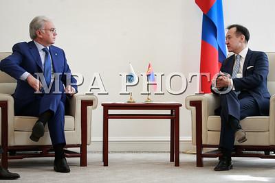2018 оны гуравдугаар сарын 28. Гадаад харилцааны сайдын урилгаар Монгол Улсад айлчилж буй Шанхайн хамтын ажиллагааны байгууллагын Ерөнхий нарийн бичгийн дарга Рашид Алимов ГХ-ны сайд Д.Цогтбаатартай уулзлаа. ГЭРЭЛ ЗУРГИЙГ МРА