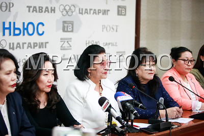 2018 оны хоёрдугаар сарын 02. Монголын бизнес эрхлэгч эмэгтэйчүүдийн холбооноос мэдээлэл хийлээ . ГЭРЭЛ ЗУРГИЙГ Г.ӨНӨБОЛД /МРА
