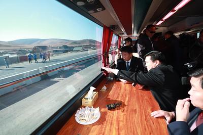2019 оны арваннэгдүгээр сарын 04. Гачууртын уулзвараас Налайх-Чойрын уулзвар хүртэлх 20,9 км авто замын зорчих хэсгийн хөдөлгөөнийг өнөөдөр нээлээ. БНХАУ-ын Засгийн газрын хөнгөлөлттэй зээлийн хөрөнгөөр хэрэгжүүлсэн төслийн хүрээнд 20.9 км авто зам, 38 байршилд ус зайлуулах хоолой, 3 байршилд нүхэн гарц, Хөлийн голын 20.75 у/м гүүр, 5 байршилд явган хүний гүүрэн гарц, явган хүний зам, дугуйн зам баригдахаас 38 байршилд ус зайлуулах хоолой, 3 байршилд нүхэн гарц, Хөлийн голын 20.75 у/м гүүрийн ажлууд бүрэн дуусаад байна