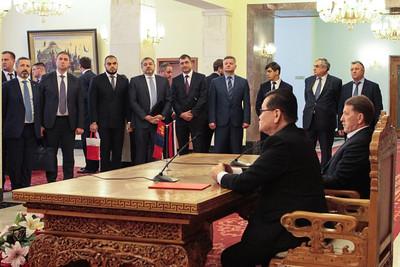 2019 оны тавдугаар сарын 30. Монгол Оросын Засгийн газар хоорондын хамтарсан протоколд гарын үсэг зурлаа. ГЭРЭЛ ЗУРГИЙГ Э.ОНОНГОО/MPA