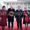 Монгол улс, Улаанбаатар хот. 2013 оны 10 дугаар сарын 25. Төв хэсгийн зүүн гар талаас Канад Улсын Амбан захирагч, эрхэмсэг ноён Дэвид Жонстон, Монгол Улсын Ерөнхийлөгч Цахиагийн Элбэгдорж. Канад Улсын Амбан захирагч, эрхэмсэг ноён Дэвид Жонстон, гэргий эрхэмсэг хатагтай Шэрон Жонстоны Монгол Улсад хийж буй төрийн айлчлал өнөөдөр эхэлж, хоёр улсын далбаа мандсан Эзэн Чингисийн талбайд Монгол Улсын Ерөнхийлөгч Цахиагийн Элбэгдорж, гэргий Хажидсүрэнгийн Болормаагийн хамтаар хүндэт зочдоо угтан авлаа.<br /> <br /> Эрхэмсэг ноён Дэвид Жонстоны Монгол Улсад хийж буй айлчлал нь Канад Улсын Амбан захирагчийн манай улсад хийж буй анхны Төрийн айлчлал болж буй юм. Түүнийг дагалдан Канад Улсаас Монгол Улсад суугаа Онц бөгөөд бүрэн Эрхт Элчин сайд Грегори Гөүлдхок, тус улсын парламентын гишүүн, Парламентын Нарийн бичгийн дарга Чунгсен Леунг, парламентын гишүүн Өрл Дреешен, Скот Симмс, Уай Янг нарын албаны зочид айлчлалын бүрэлдэхүүнд багтсан байна.<br />   <br /> ГЭРЭЛ ЗУРГИЙГ Б.БЯМБА-ОЧИР