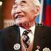"""Монгол улс, Улаанбаатар хот. 2013 оны 10 дугаар сарын 29. Нийслэлийн 374 жилийн ой өнөөдөр тохиож байна. Үүнтэй холбогдуулан Монгол Улсын хөдөлмөрийн баатар Д. Лувсаншарав гуайг нийслэлийн 14 дэх хүндэт иргэнээр өргөмжиллөө.<br /> Тэрбээр """"40, 50-иад онд ноос """"алт"""" байх үед  гараа цэврүүттэл ноос хяргаж явлаа. Мөн 40, 50 мянгатыг барих бүтээн байгуулалтад гар бие оролцож, төлөвлөгөөг давуулан биелүүлж явав. <br /> Энэ сайхан хотдоо 70 жил амьдарсандаа үнэхээр баяртай явдаг билээ гэв.<br /> ГЭРЭЛ ЗУРГИЙГ БЯМБАСҮРЭНГИЙН БЯМБА-ОЧИР"""