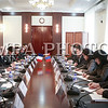 Монгол улс, Улаанбаатар хот. 2013 оны 10 дугаар сарын 26. Бүгд Найрамдах Франц Улсын Гадаад хэргийн сайд Лоран Фабиус, Үйлдвэр, хөдөө аж ахуйн сайд Х.Баттулга нар хэлэлцээ хийж байна.  Монгол Улсын Гадаад харилцааны сайд Л.Болдын урилгаар Бүгд Найрамдах Франц Улсын Гадаад хэргийн сайд Лоран Фабиус 2013 оны 10 дугаар сарын 25-26-ны өдрүүдэд Монгол Улсад албан ёсны айлчлал хийв.<br /> <br /> Монгол Улс, Бүгд Найрамдах Франц Улстай 165 онд дипломат харилцаа тогтоосон бөгөөд энэхүү айлчлал нь тус улсаас Монгол Улсад Гадаад хэргийн сайдын түвшинд хийж буй анхны айлчлал юм.<br /> <br /> Энэхүү айлчлалын үеэр Францын Гадаад хэргийн сайд Монгол Улсын Ерөнхийлөгч Ц.Элбэгдорж, Ерөнхий сайд Н.Алтанхуяг нарт тус тус бараалхаж, Гадаад харилцааны сайд Л.Болдтой албан ёсны хэлэлцээ хийв. Айлчлалын үеэр Хамтарсан мэдэгдэл, Дипломат паспорт эзэмшигчдийг визийн шаардлагаас харилцан чөлөөлөх тухай Монгол Улсын Засгийн газар, Бүгд Найрамдах Франц Улсын Засгийн газар хоорондын хэлэлцээр, Хөдөө аж ахуйн салбарт хамтран ажиллах тухай харилцан ойлголцлын санамж бичиг, Археологийн салбарт хамтран ажиллах тухай санамж бичиг, Монгол Улсын Нотариатчдын танхим, БНФУ-ын Нотариатчдын дээд зөвлөл хооронд хамтран ажиллах тухай гэрээ зэрэг баримт бичигт гарын үсэг зурлаа. <br /> ГЭРЭЛ ЗУРГИЙГ БЯМБАСҮРЭНГИЙН БЯМБА-ОЧИР