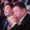 Монгол улс, Улаанбаатар хот. 2013 оны 10 дугаар сарын 27. Монгол Ардын намын 27-р Их хуралд М.Энхболд сууж байна. Монгол Ардын намын 27-р Их хурал соёлын төв өргөөнд эхэллээ. Их хурлыг удирдан явуулж буй тус намын гишүүн, хурал зохион байгуулах комиссын дарга Д.Дэмбэрэл хурлын эхэнд энэ удаагийн Их хурлаар хэлэлцэх ерөнхий асуудлууд, хурлын хөтөлбөрийг танилцуулав. Танилцуулснаар, Их хурлаар есөн үндсэн асуудал хэлэлцэх бөгөөд үүнд, МАН-ын дарга Ө.Энхтүвшингийн улстөрийн илтгэл, Мандатын комиссын илтгэл, намын 26-р Их хурлаас хойш хийж гүйцэтгэсэн ажлын тайлан, Хяналтын ерөнхий хорооны тайлан, МАН-ын дүрмийн асуудлаарх салбар хуралдааны мэдээлэл сонсох, Намын дүрэмд өөрчлөлт оруулах тухай салбар хуралдааны мэдээлэл сонсох, Монгол Улсын 2021 он хүртэлх хөгжлийн зорилт, Намын үйл ажиллагааны шинэчлэлийн талаарх дүгнэлт, Зохион байгуулалтын асуудал зэрэг багтжээ. Их хурлаас гол хүлээлт үүсгээд буй зохион байгуулалтын асуудалд Монгол Ардын намын даргыг сонгох тухай, Бага хурлын гишүүдийг сонгох тухай, Хяналтын ерөнхий хорооны гишүүдийг сонгох тухай гэсэн асуудал багтжээ. Их хурал гурван өдөр үргэлжилж, аравдугаар сарын 29-нд өндөрлөх юм. <br /> ГЭРЭЛ ЗУРГИЙГ БЯМБАСҮРЭНГИЙН БЯМБА-ОЧИР