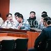 """Монгол улс, Улаанбаатар хот. 2014 оны 1 дүгээр сарын 08. """"Гал үндэстэн"""" холбооны тэргүүн Ц.Мөнхбаяр нарын долоон хүнд холбогдох хэргийг өнөөдөр ШШГЕГ-ын харьяа хорих 461 дүгээр ангид хэлэлцэх юм байна. Ц.Мөнхбаяр нар нь өнгөрсөн оны есдүгээр сарын 16-нд галт зэвсэгтэй Төрийн ордон руу нэвтэрч, галт зэвсэг хэрэглэхийг завдсан. Мөн """"Централ тауэр"""", Засгийн газрын II байр зэрэг хэд хэдэн газарт тэсэрч, дэлбэрэх бодис байрлуулсан байдаг. Тиймээс тэдэнд Эрүүгийн хуулийн 177.2 буюу зандалчлах, эрх бүхий байгууллага, албан тушаалтнаас тодорхой шийдвэр гаргуулах буюу гаргахаас татгалзуулахад шууд буюу шууд бус нөлөөлөх зорилгоор олон нийтэд айдас төрүүлэхэд чиглэсэн нийтэд аюултай хүч хэрэглэсэн буюу хэрэглэхээр заналхийлсэн, 149.3 буюу бусдын эд хөрөнгийг бүлэглэн авахаар далайлган сүрдүүлсэн, 185.2 буюу галт зэвсэг, байлдааны галт хэрэгсэл, тэсэрч дэлбэрэх бодис хууль бусаар хийж бэлтгэсэн, хадгалсан гэх үндэслэлээр Нийслэлийн прокурорын газраас яллах дүгнэлт үйлдээд байгаа юм. ГЭРЭЛ ЗУРГИЙГ БЯМБАСҮРЭНГИЙН БЯМБА-ОЧИР"""